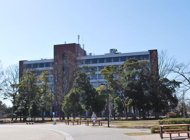 鈴鹿医療大学